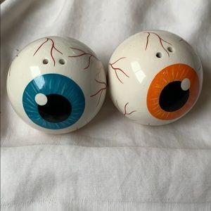Eye 👁 balls salt & pepper shakers